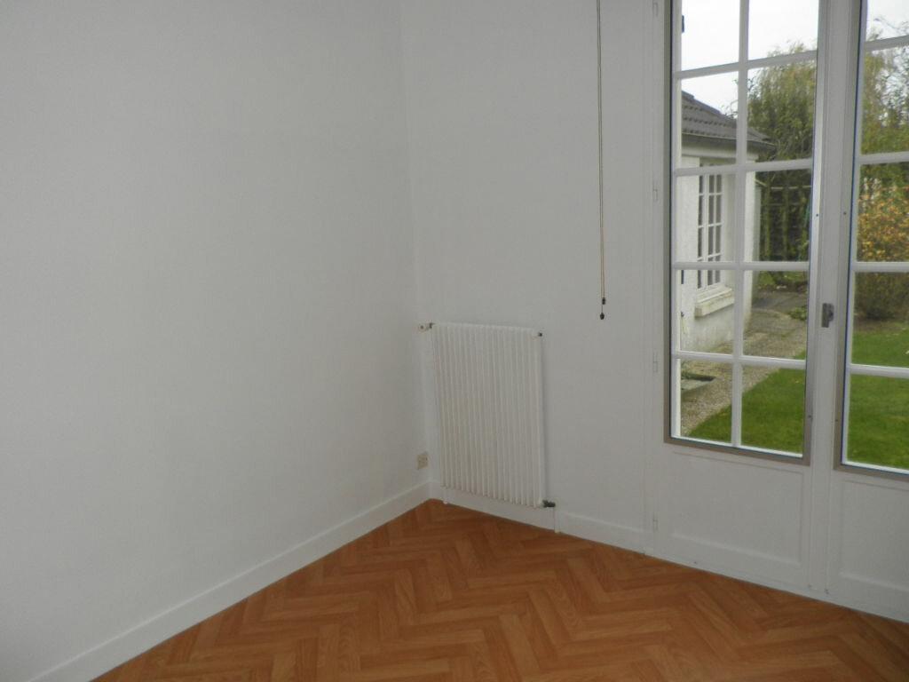 Maison à louer 5 126.16m2 à Remy vignette-5