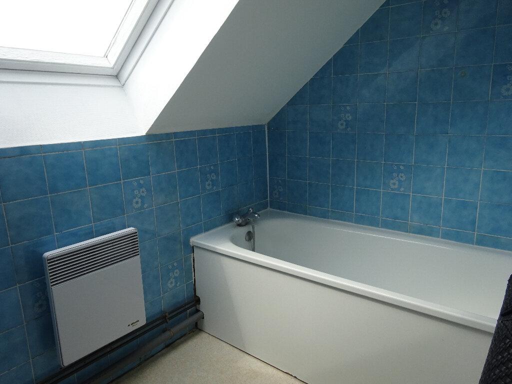 Appartement à louer 1 22.66m2 à Chevincourt vignette-2