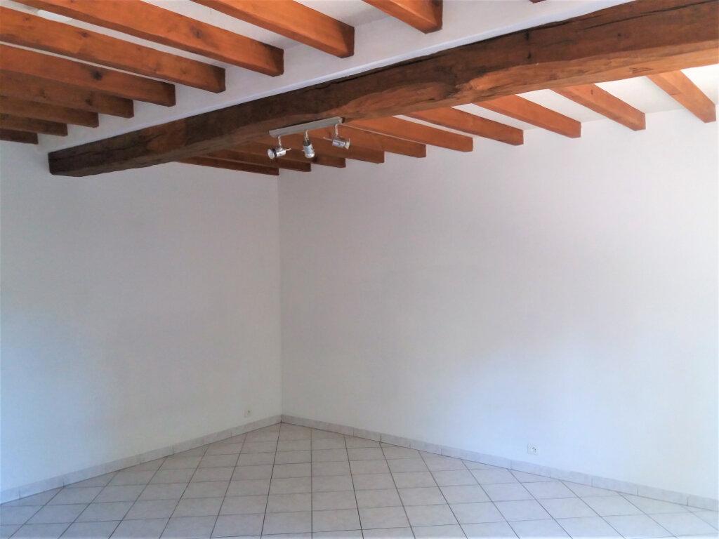 Maison à louer 3 49.69m2 à Chevincourt vignette-8