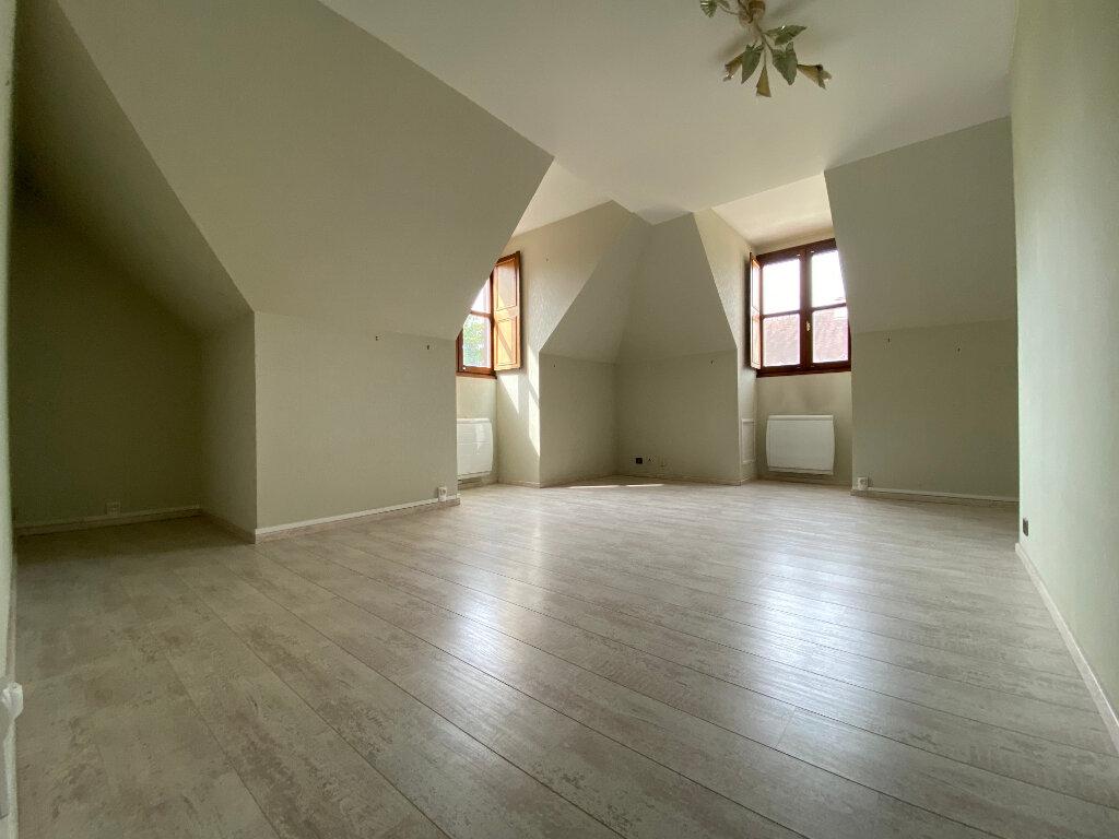 Appartement à louer 4 85.97m2 à Compiègne vignette-3