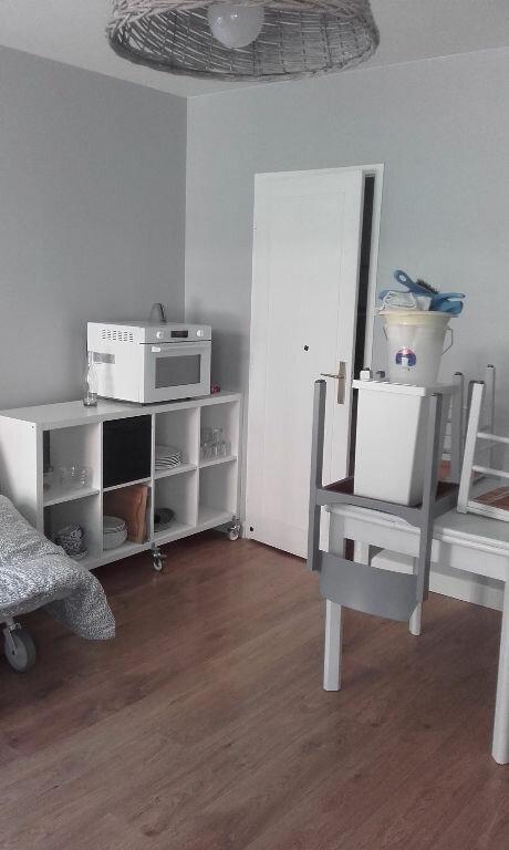 Appartement à louer 1 25.64m2 à Compiègne vignette-6
