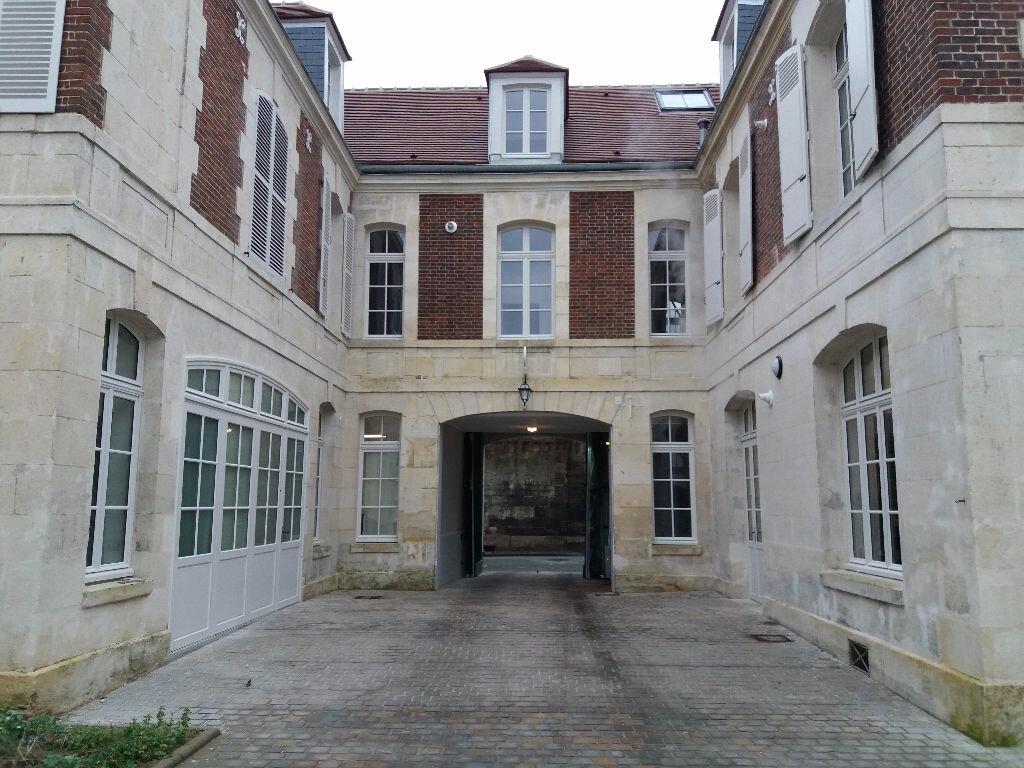 Appartement à louer 2 40.47m2 à Compiègne vignette-6