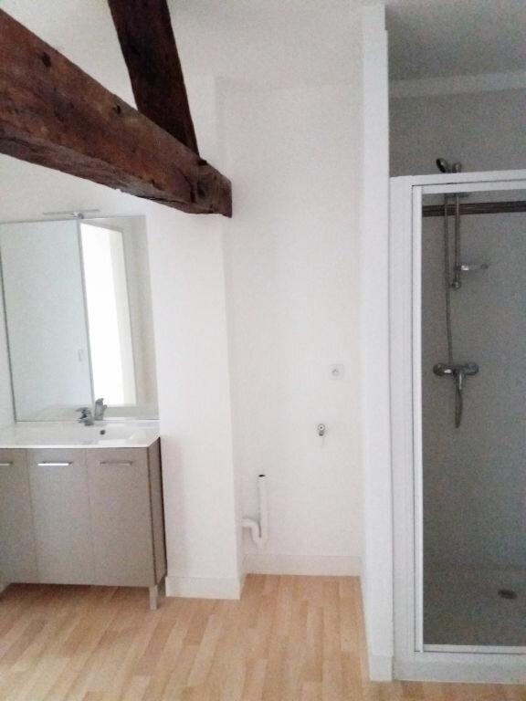 Appartement à louer 2 46.85m2 à Compiègne vignette-4