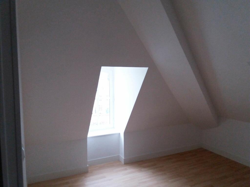 Appartement à louer 2 46.85m2 à Compiègne vignette-5