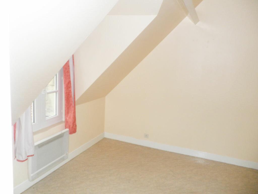 Appartement à louer 2 28.63m2 à Chevincourt vignette-4