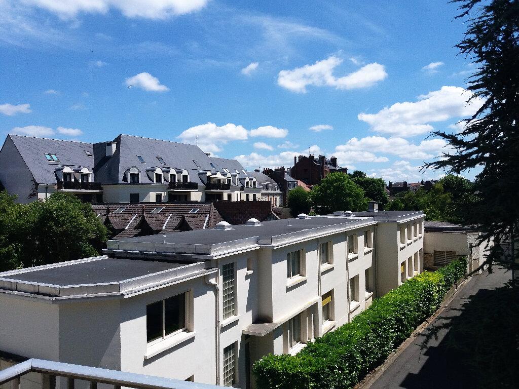 Appartement à louer 4 83.74m2 à Compiègne vignette-3