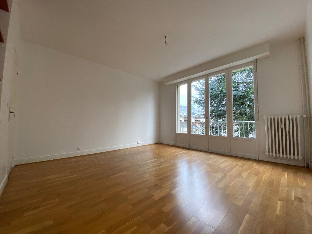 Appartement à louer 4 83.74m2 à Compiègne vignette-8