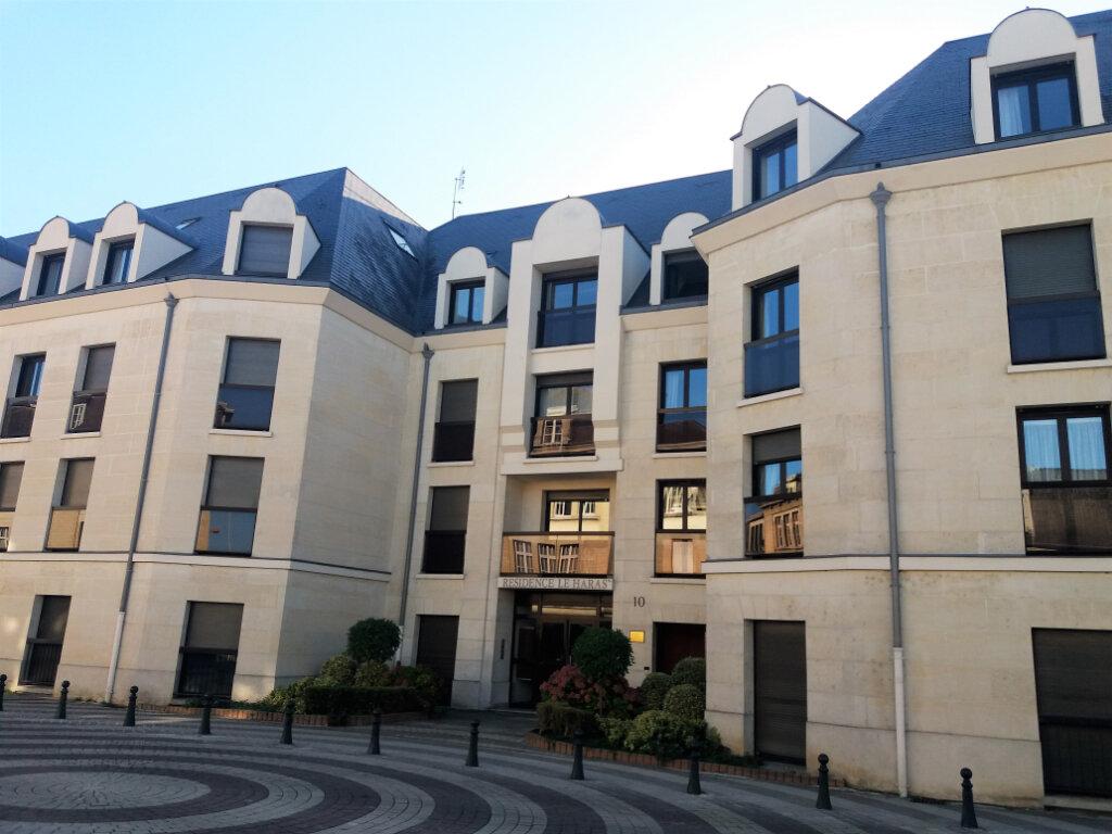 Appartement à louer 2 53.47m2 à Compiègne vignette-1