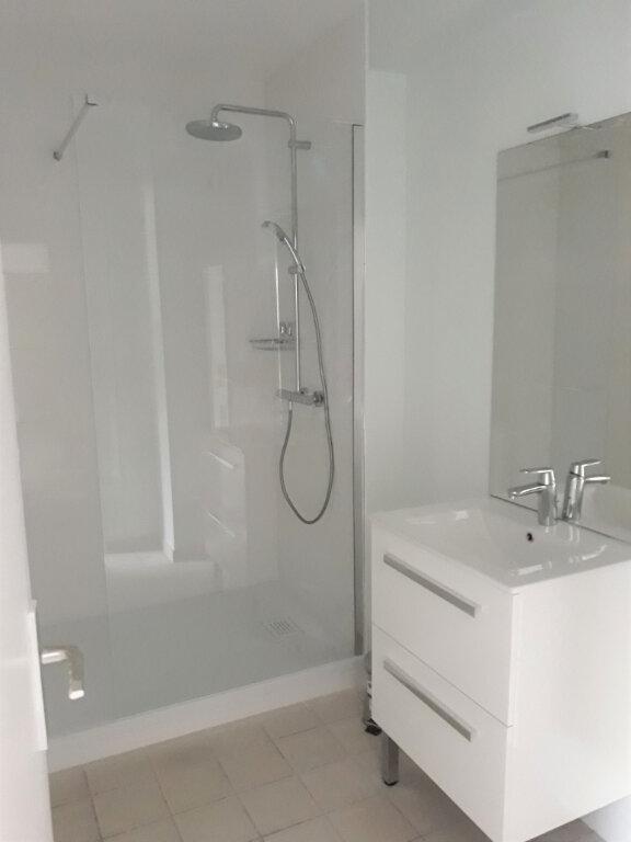Appartement à louer 2 53.47m2 à Compiègne vignette-4
