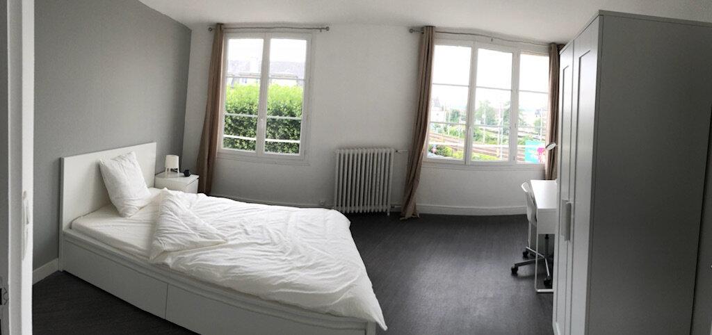Appartement à louer 1 13.77m2 à Compiègne vignette-2