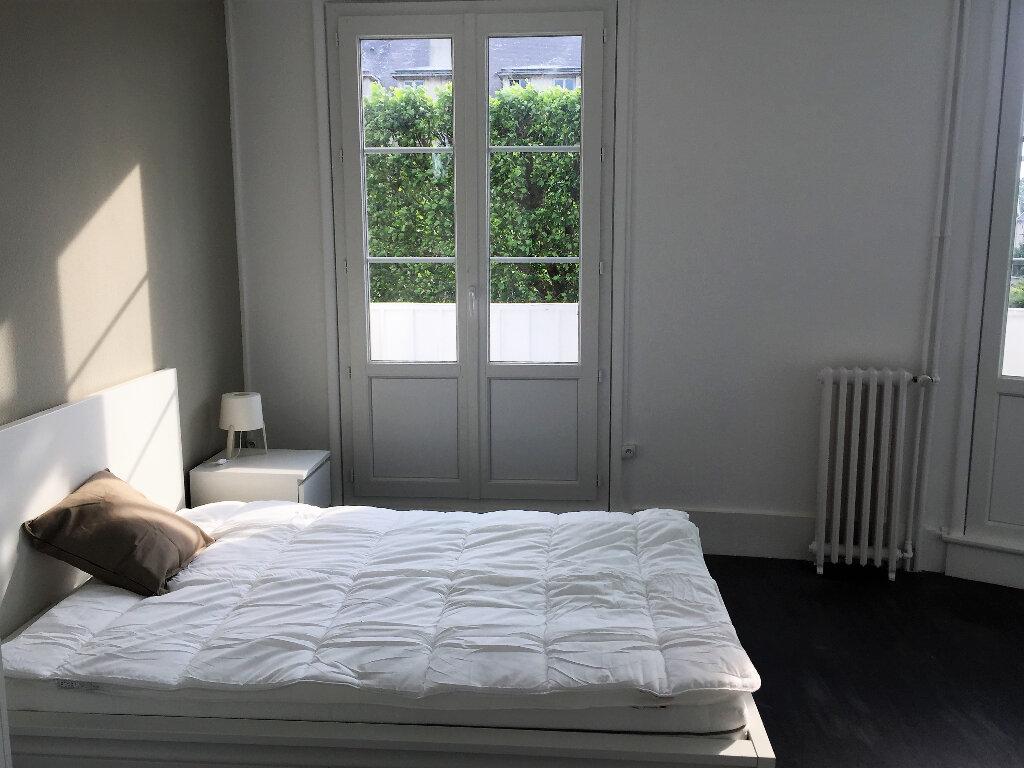 Appartement à louer 1 12.4m2 à Compiègne vignette-2