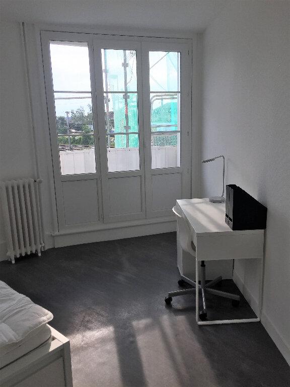 Appartement à louer 1 12.4m2 à Compiègne vignette-6