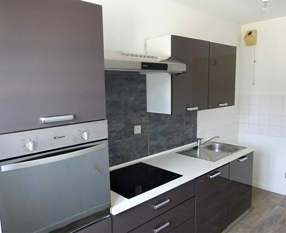 Appartement à louer 2 49m2 à Compiègne vignette-7