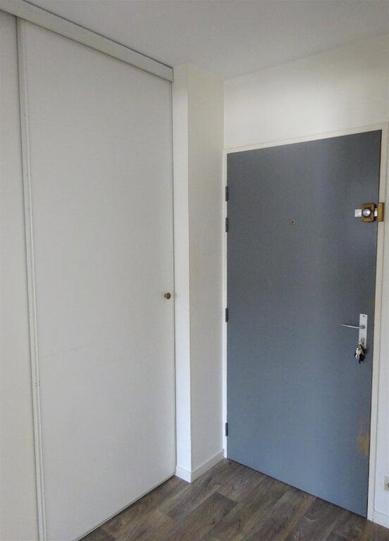 Appartement à louer 2 49m2 à Compiègne vignette-8