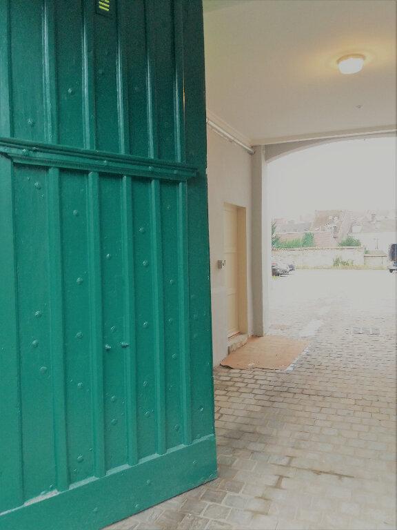 Stationnement à louer 0 0m2 à Compiègne vignette-3