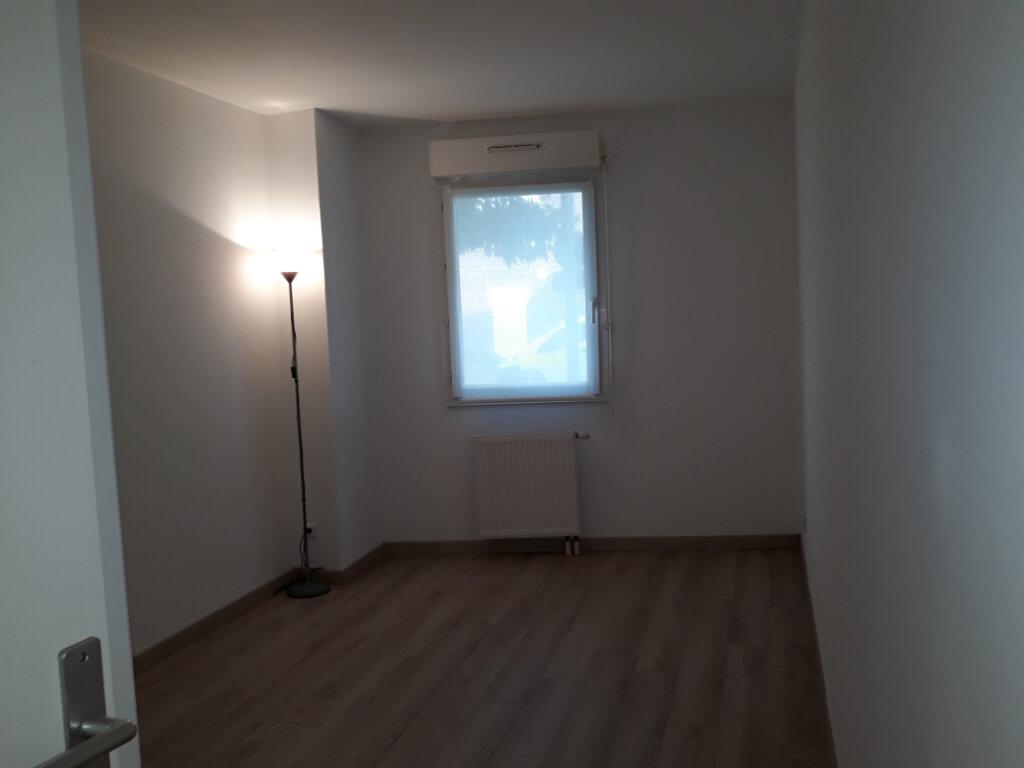 Appartement à louer 2 50.83m2 à Compiègne vignette-8