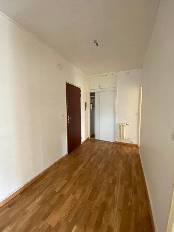 Appartement à louer 5 94.67m2 à Compiègne vignette-4