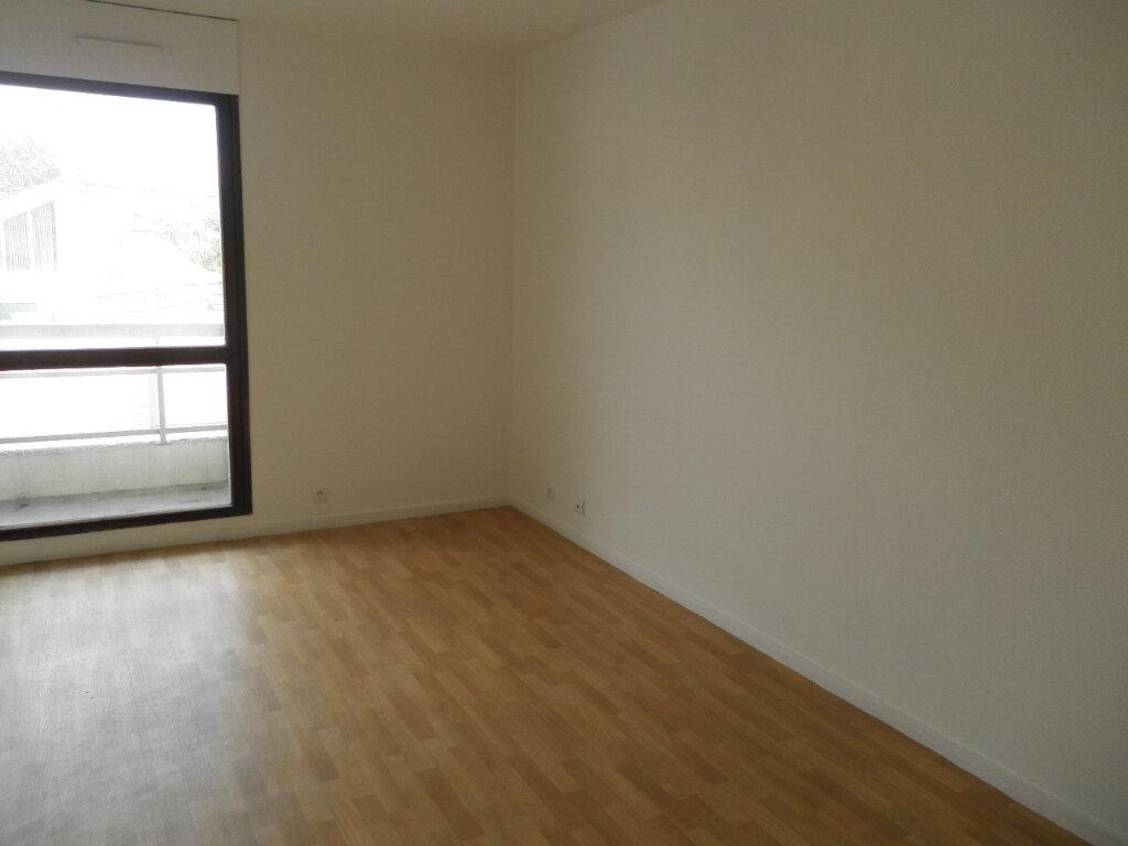 Appartement à louer 1 29.25m2 à Margny-lès-Compiègne vignette-1
