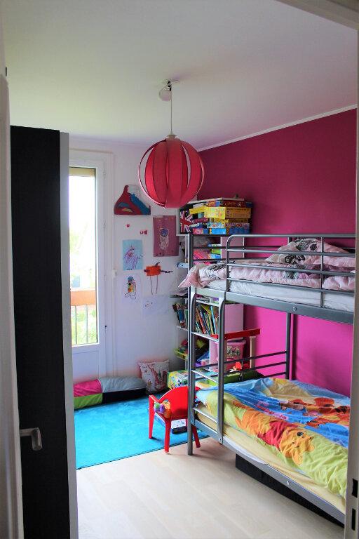 Appartement à louer 5 91.02m2 à Margny-lès-Compiègne vignette-6