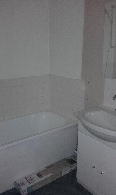 Appartement à louer 2 47.37m2 à Compiègne vignette-7