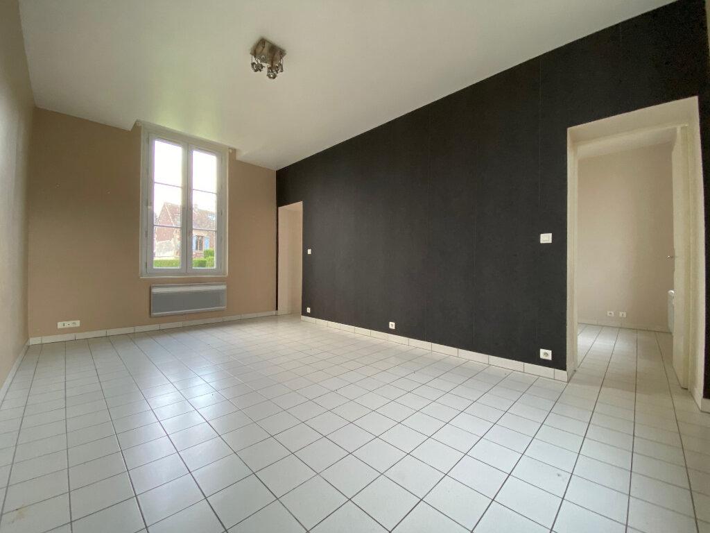 Appartement à louer 2 32.74m2 à Chevincourt vignette-3