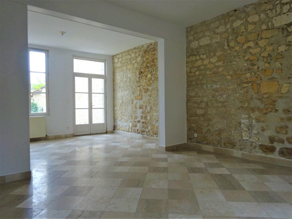 Maison à louer 8 183.34m2 à Compiègne vignette-4