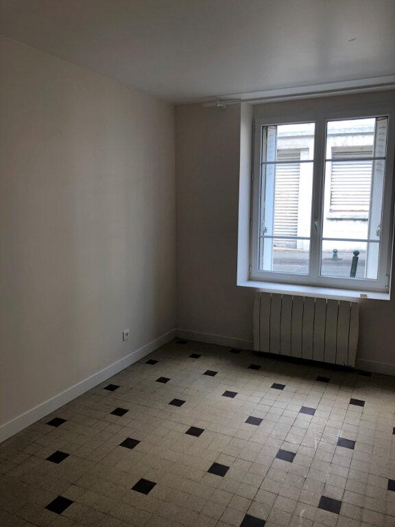 Appartement à louer 2 41m2 à Compiègne vignette-6