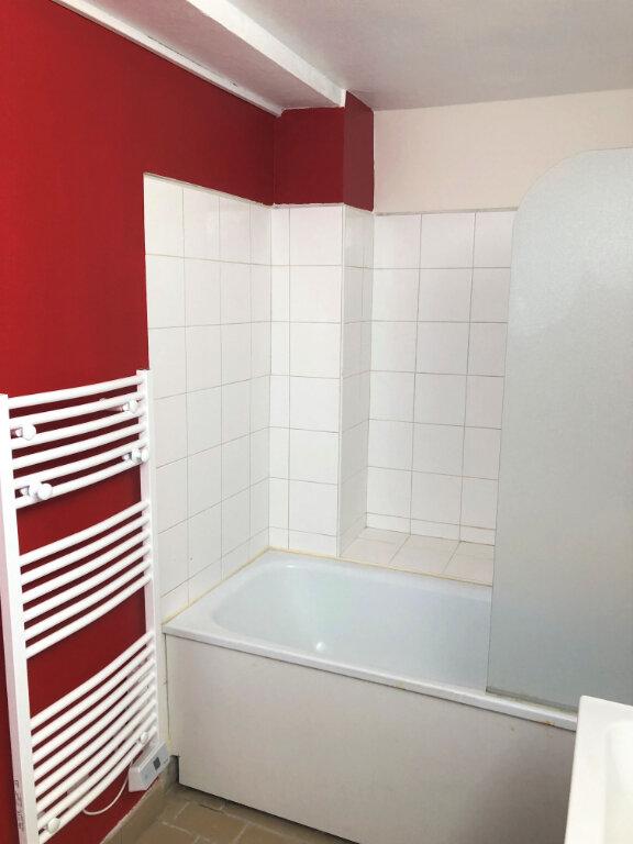 Appartement à louer 2 55.08m2 à Compiègne vignette-7