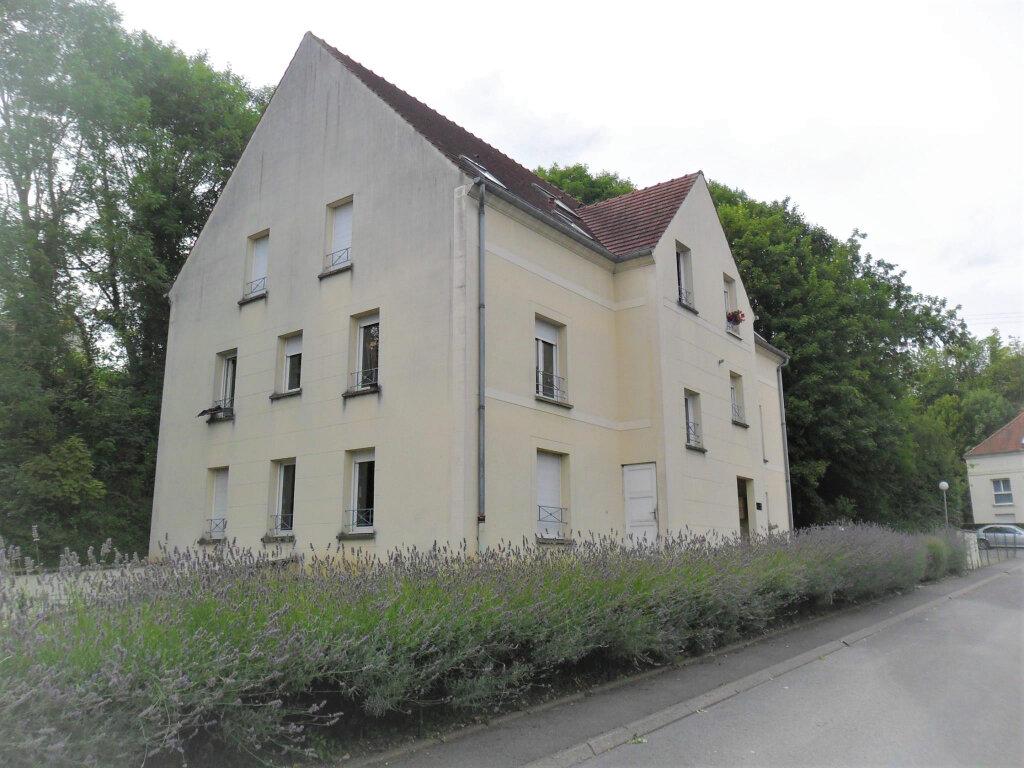 Appartement à louer 1 30.02m2 à Margny-lès-Compiègne vignette-1