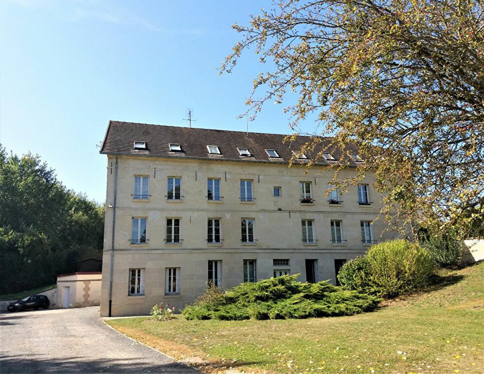 Appartement à louer 2 46.56m2 à Chevincourt vignette-1