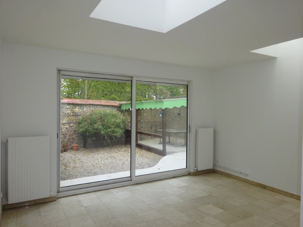 Maison à louer 5 99.06m2 à Compiègne vignette-1