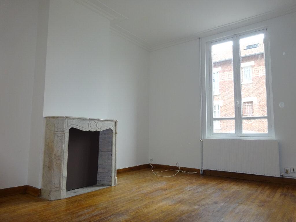 Maison à louer 5 99.06m2 à Compiègne vignette-6