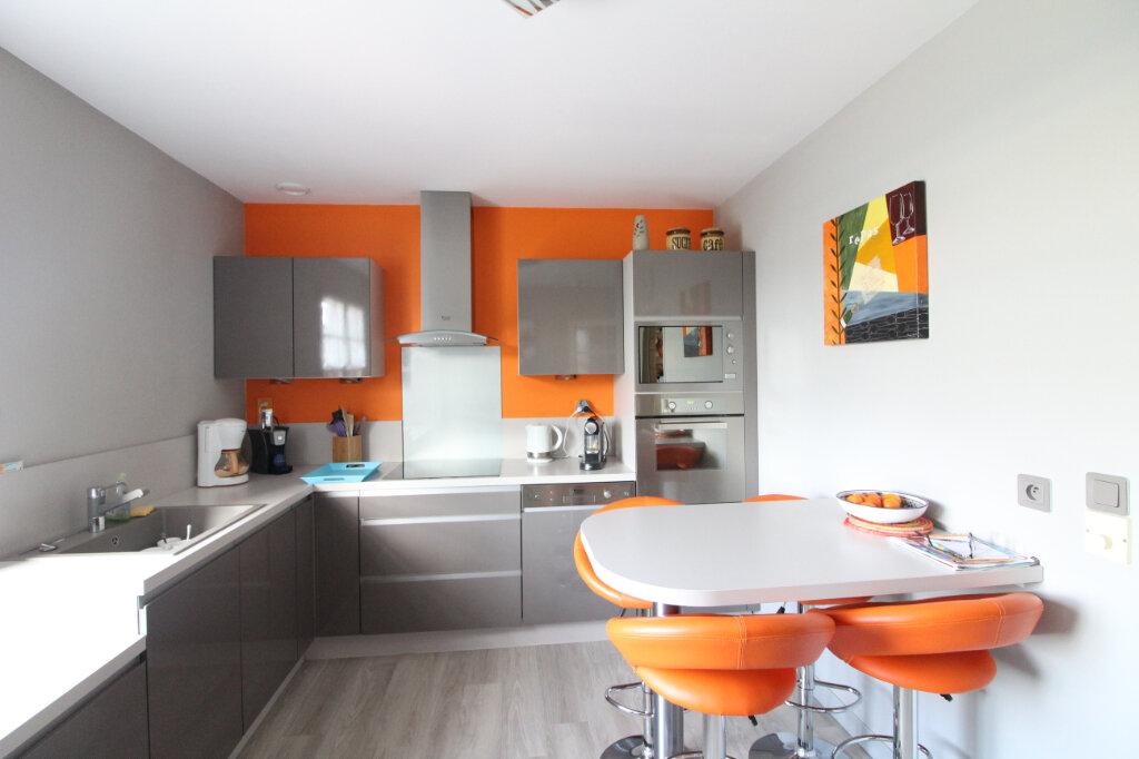 Maison à vendre 6 120m2 à Lachelle vignette-3