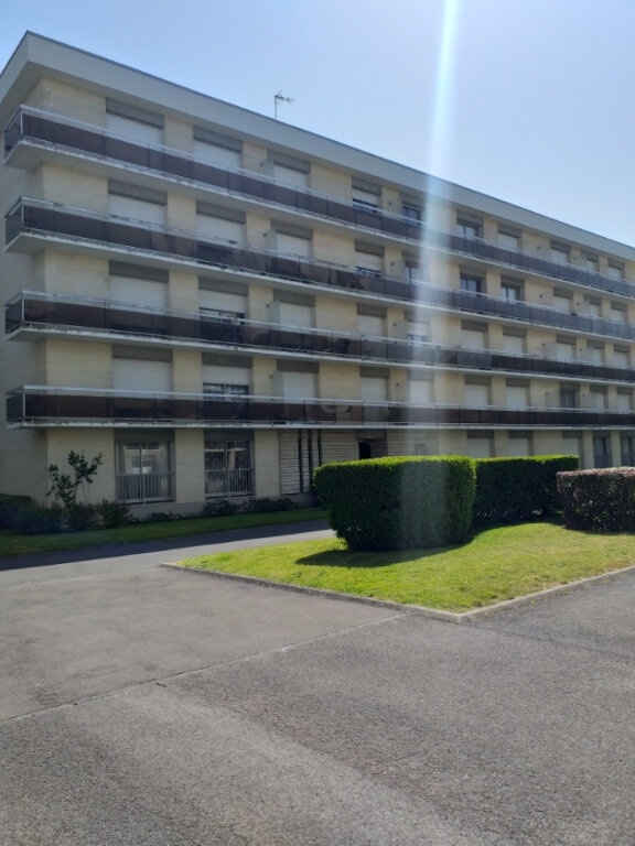 Appartement à louer 2 45.15m2 à Compiègne vignette-3