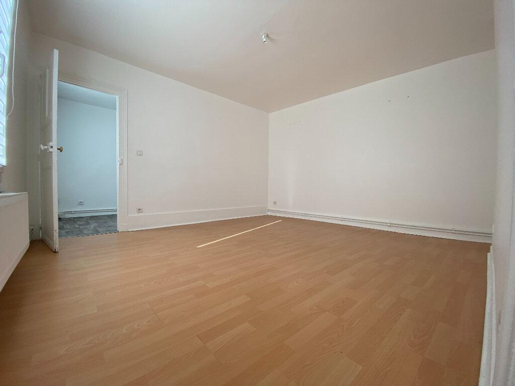 Appartement à louer 3 48.53m2 à Compiègne vignette-3