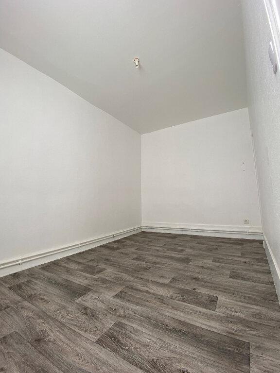 Appartement à louer 3 48.53m2 à Compiègne vignette-4