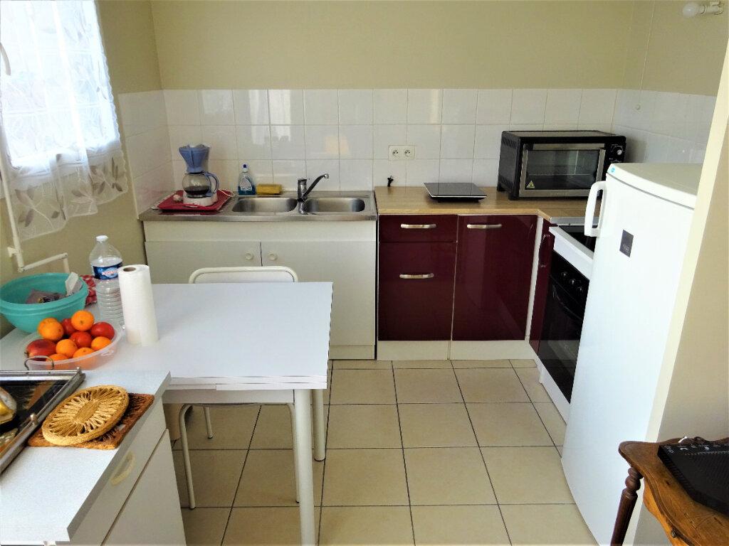 Appartement à vendre 2 44m2 à Compiègne vignette-1