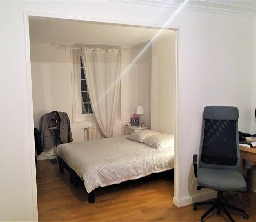 Maison à louer 5 131.66m2 à Compiègne vignette-2