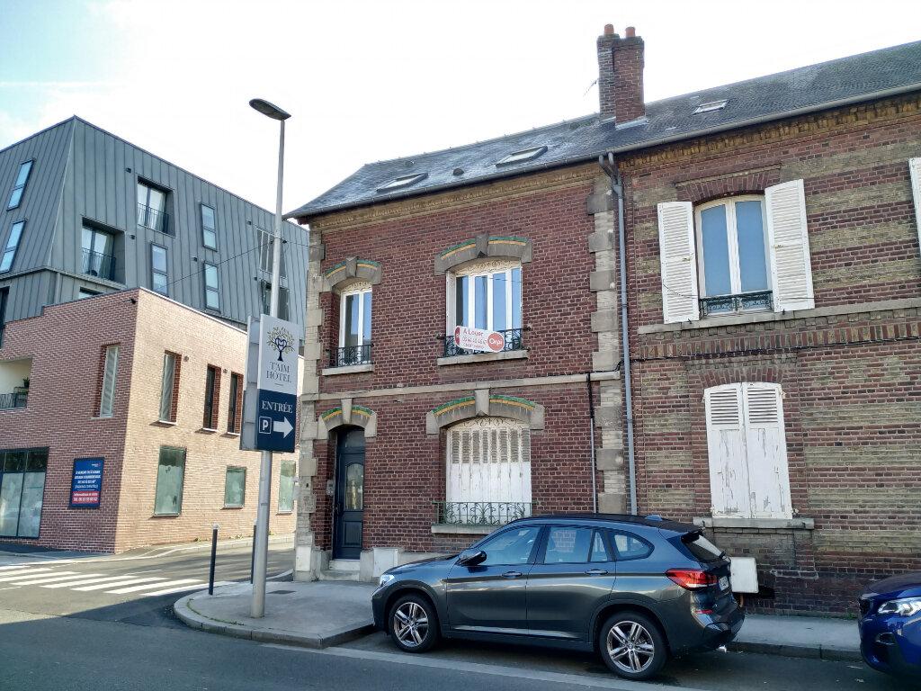 Appartement à louer 3 45.27m2 à Margny-lès-Compiègne vignette-2