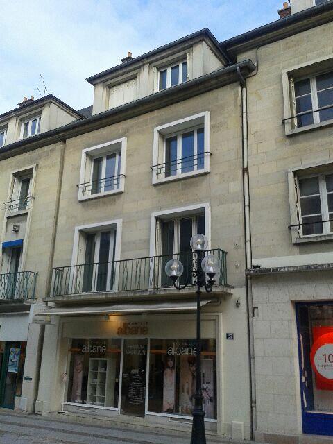 Appartement à louer 2 52.6m2 à Compiègne vignette-5