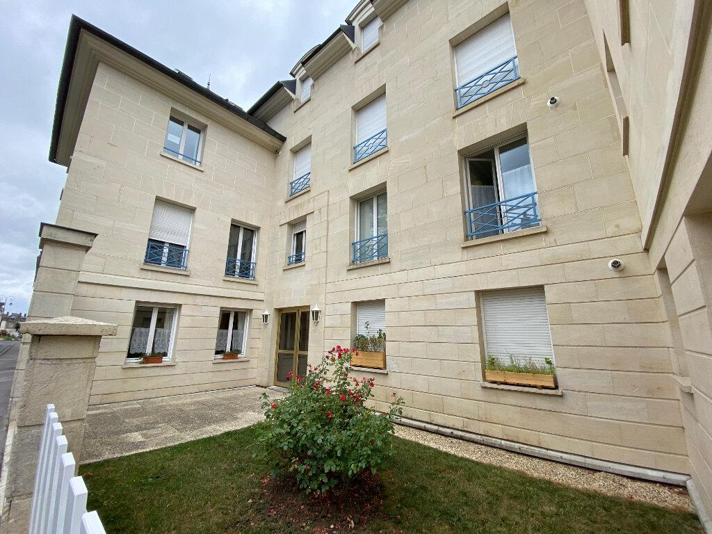 Appartement à louer 1 29.46m2 à Compiègne vignette-5