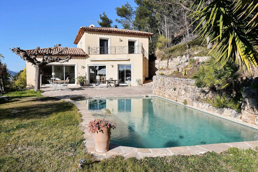 Maison à vendre 8 200m2 à Carqueiranne vignette-2