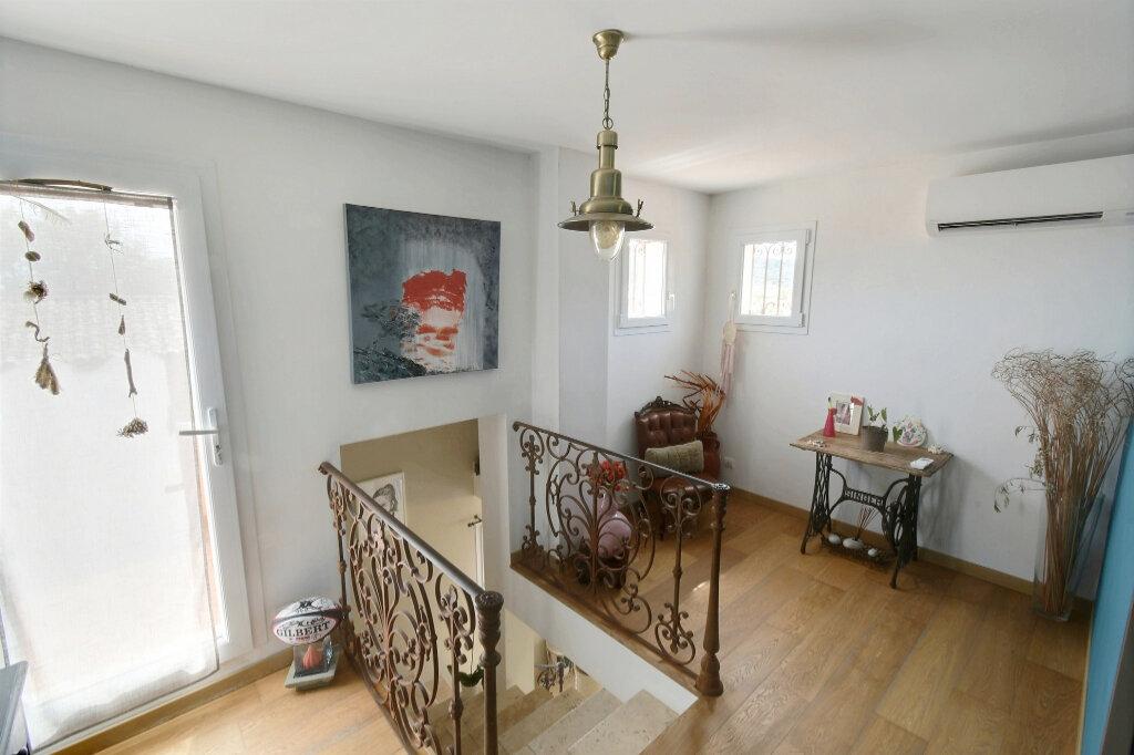 Maison à vendre 6 170m2 à Carqueiranne vignette-8