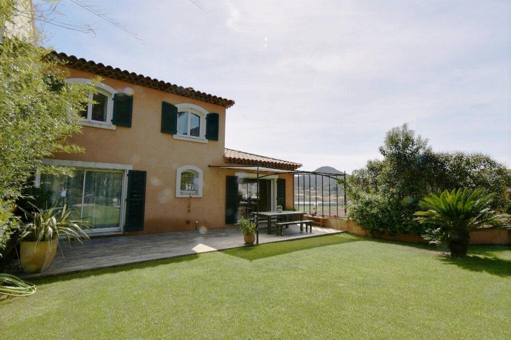 Maison à vendre 6 170m2 à Carqueiranne vignette-14