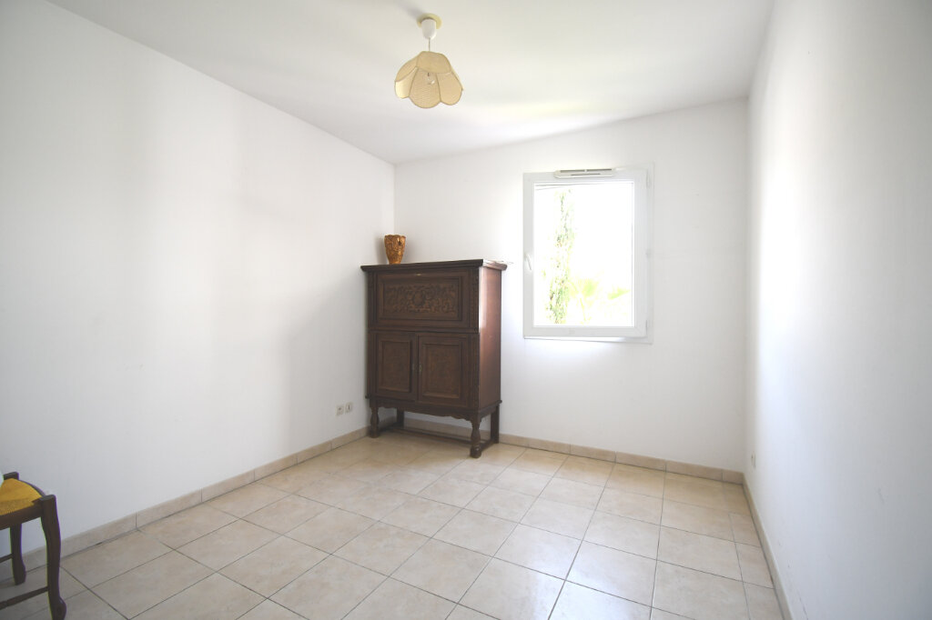 Appartement à louer 3 65m2 à Carqueiranne vignette-6