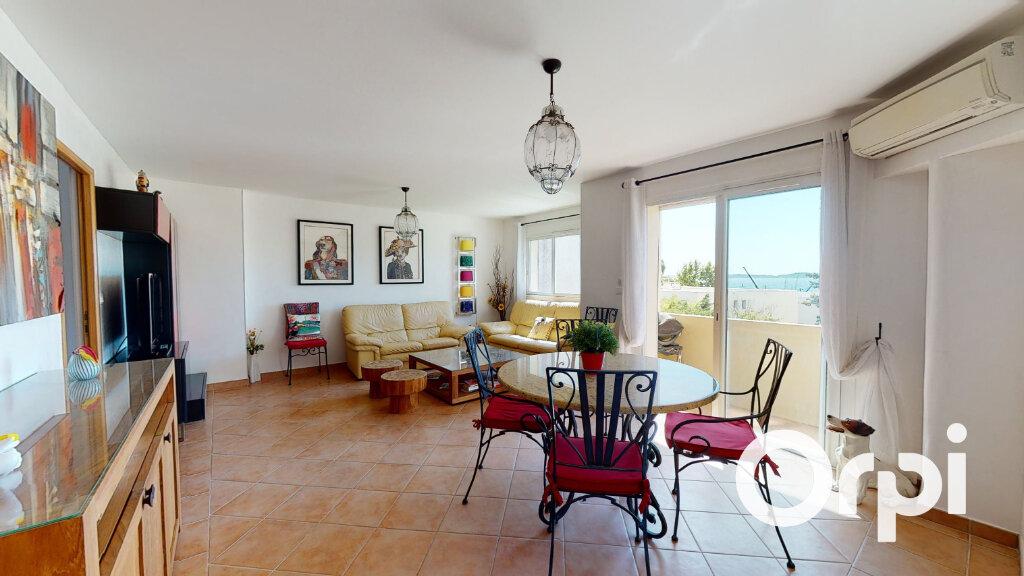 Appartement à vendre 3 71m2 à Carqueiranne vignette-2