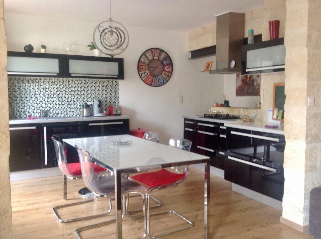 Appartement à vendre 4 85.56m2 à Uzès vignette-10