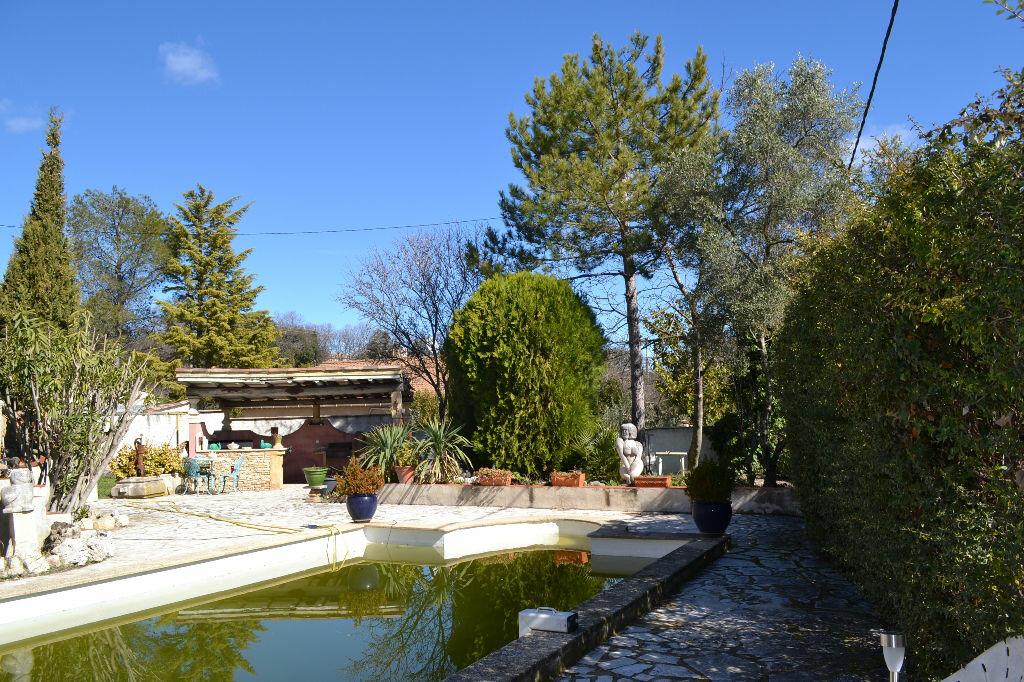 Maison à vendre 5 115m2 à Arpaillargues-et-Aureillac vignette-6