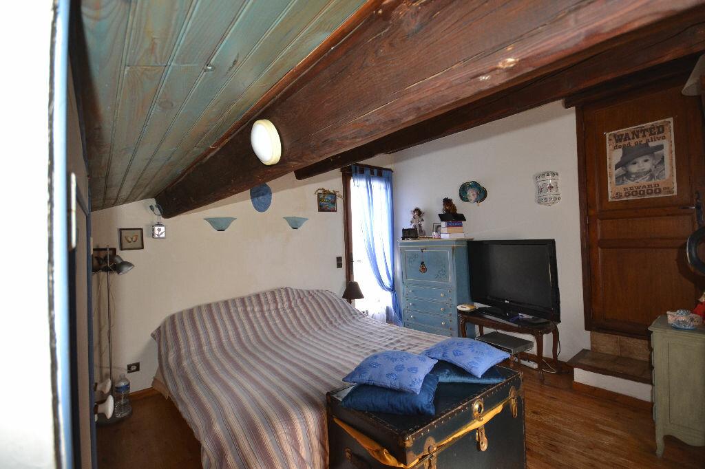 Maison à vendre 5 115m2 à Arpaillargues-et-Aureillac vignette-18
