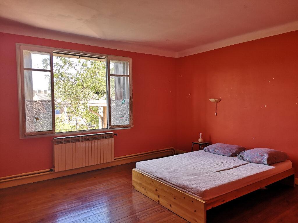 Maison à vendre 5 189m2 à Remoulins vignette-8